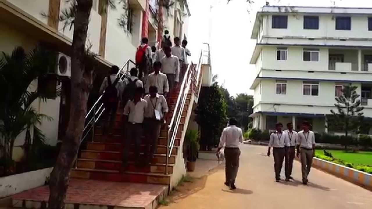 Swarnandhra College of Engineering & Technology (SCET), West Godavari